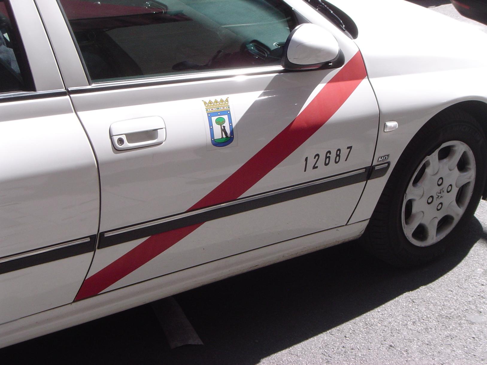 identificativo-banda-rossa-taxi-madrid.jpg