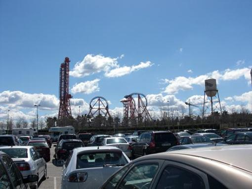 parco-divertimenti-warner-madrid-parcheggio.jpg