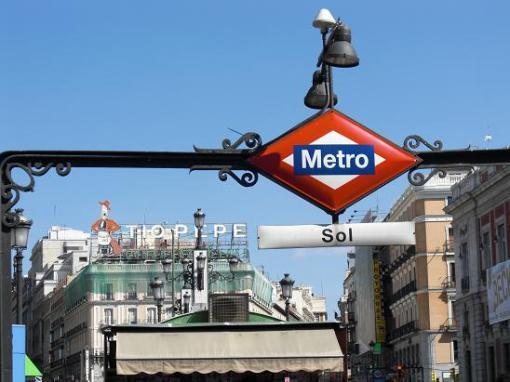 puerta-del-sol-madrid-metro-tio-pepe.jpg