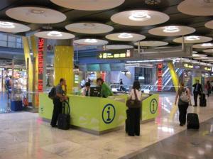 banco-informazioni-t4-Aeroporto Barajas Madrid